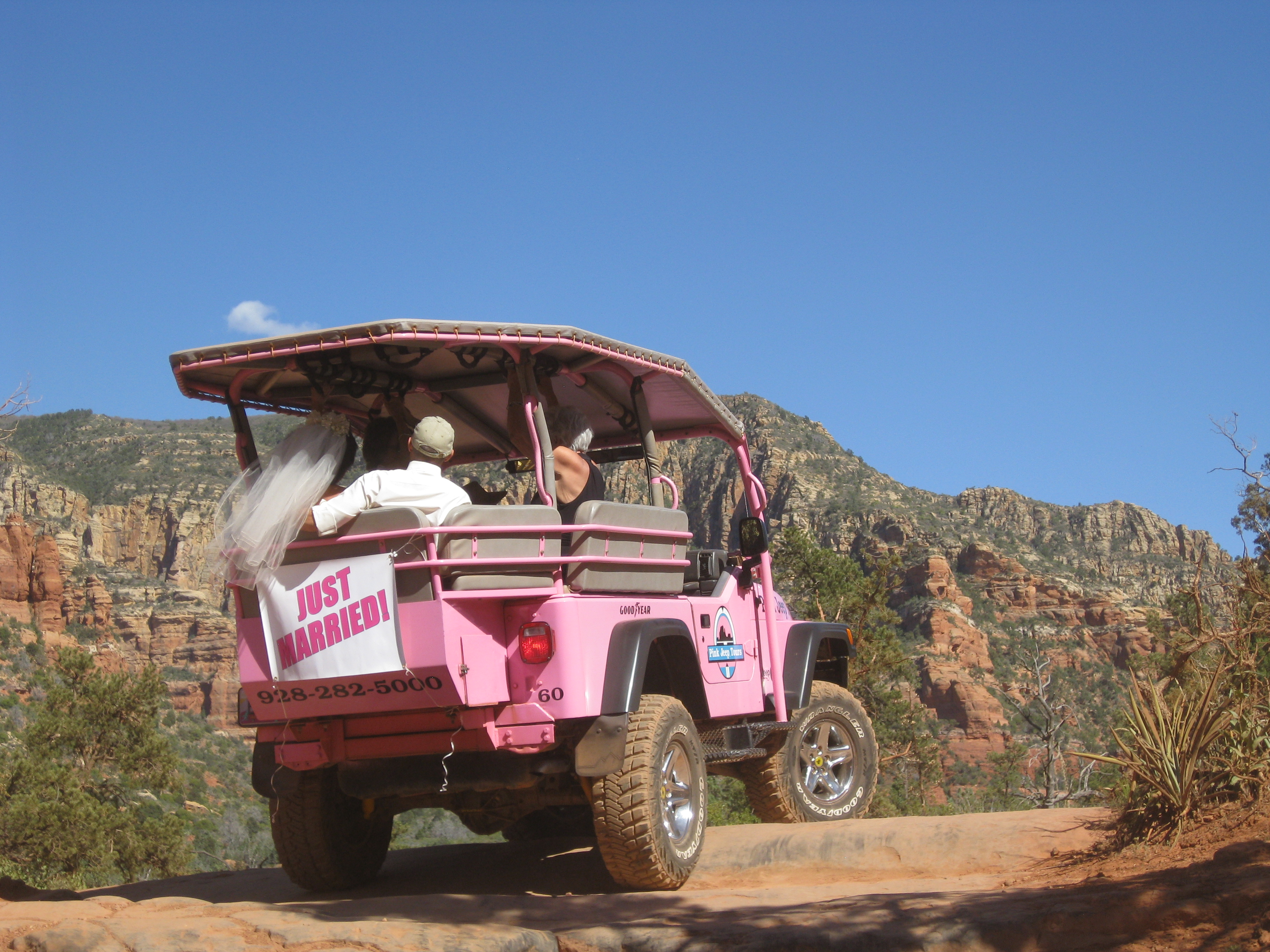 Pink Jeep Tours Participating In The Sedona Adventure Weekend Giveaway