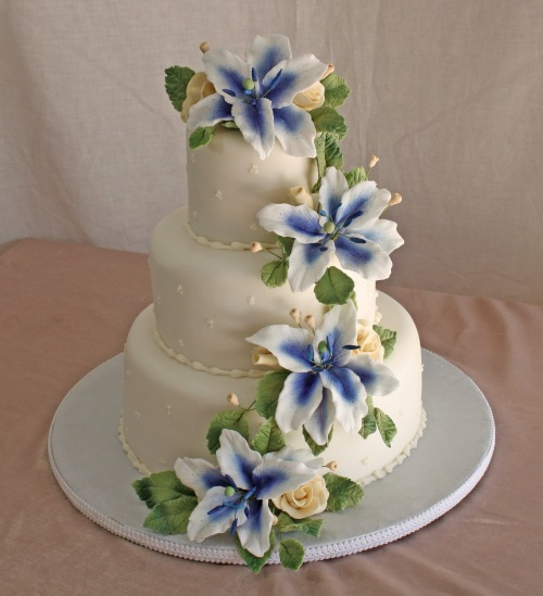 Wedding Cake by Donna Joy