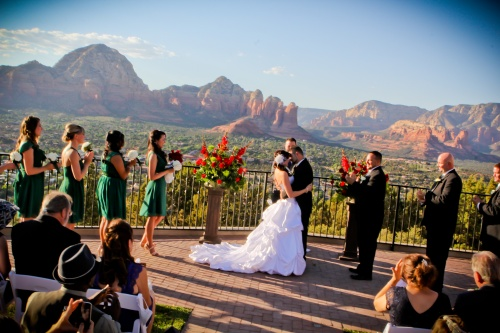 Weddings at Sky Ranch Lodge - Photo by Love My Life Photography